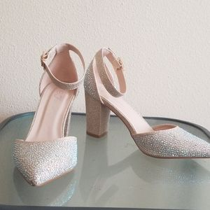 Jewel Embellished Sparkle Pointed Toe Heels